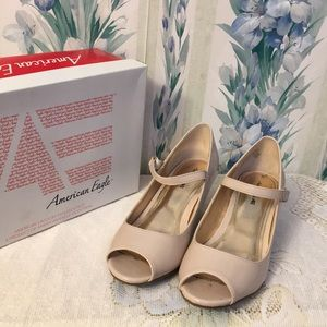 Other - END OF SUMMER SALE!!! American Eagle Cream Pumps